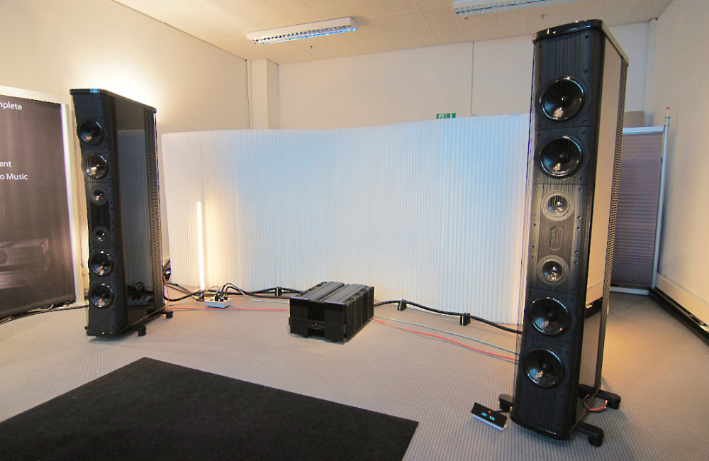 MR_Trident_Speakers_A